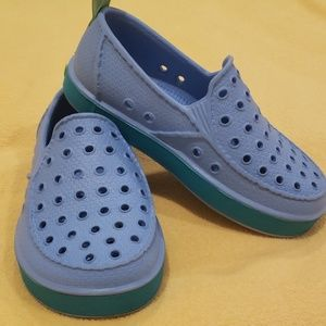 Sanuk boy's shoe size 10 slip on